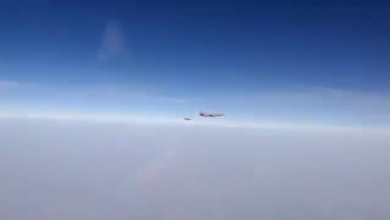Photo of Ρωσικό SU-30 αναχαιτίζει γαλλικά Rafale και KC-10 των ΗΠΑ στη Συρία