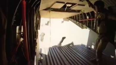 Photo of Flintlock 2019: Άλμα αλεξιπτωτιστών κυριολεκτικά για κλάματα σε ένα βίντεο