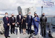 Photo of ΕΛΒΟ, ναυπηγεία, επενδύσεις, χαμόγελα (με μάσκες)
