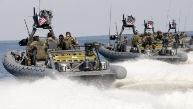 Photo of Υπεγράφη η σύμβαση για τα 6 RIB που θα δωρήσουν οι ΗΠΑ για την ΔΥΚ