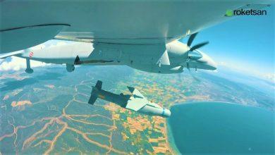 Photo of Άφεση κατευθυνόμενης βόμβας ανεμοπορίας ΜΑΜ-Τ από Μη Επανδρωμένο Akinci